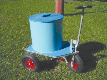Vozík na mléko - izolovaný