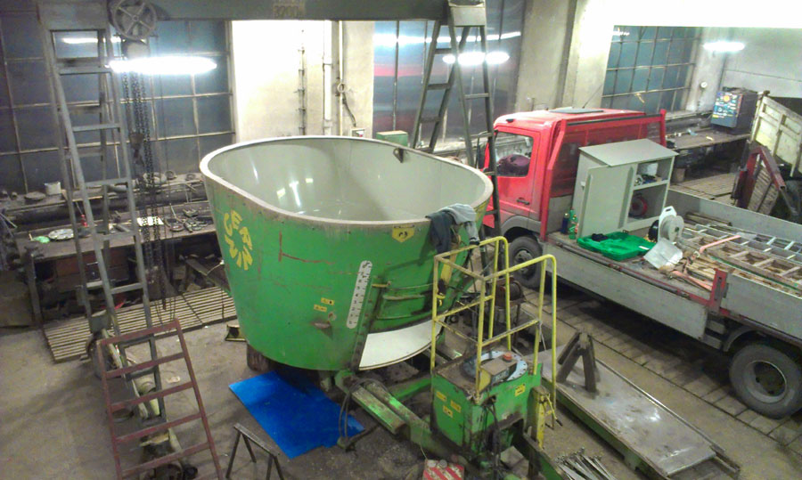 vyplastování krmného vozu